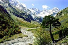 ossetia-countryside-russia